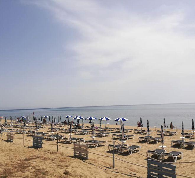 Ombrelloni-spiaggia-privata